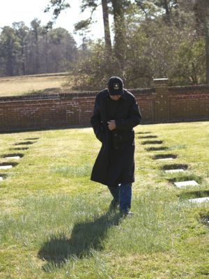 Yorktown Memorial Cemetery, Yorktown, Virginia – Photo by Luis Trevino, Military Family Network. Used by permission.