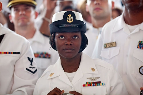 (Servicemen and women listen to President Barack Obama at Naval Air Station Jacksonville in Jacksonville, Fla., Oct. 26, 2009. Official White House Photo by Pete Souza)